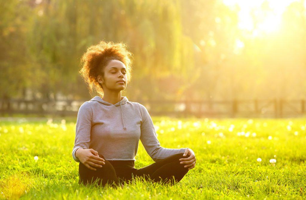 A través de la respiración podemos gestionar mejor nuestros pensamientos y, por tanto, nuestras emociones
