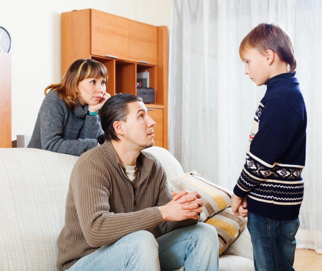 Los padres deben ser comprensivos ante el sufrimiento de sus hijos